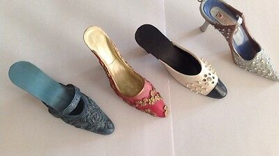 "** Set Of 4 "" Steps In Time Collection "" Regency Fine Arts Miniature Shoes **"