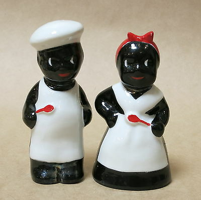 Vintage Royal Nippon Japan Black Cooks Salt & Pepper Shakers Like New