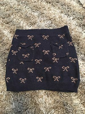 Knitted Skirt with Bow Detail