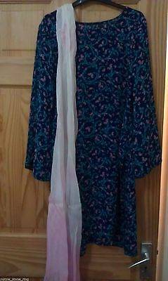 Stunning ladies blue with pink georgette shalwar kameez  good- condition,Bargain