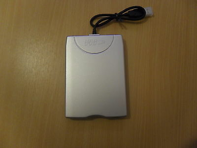 MITSUMI USB FLOPPY DRIVE EXTERNAL 1-44MB D353FUE for PC and Laptop