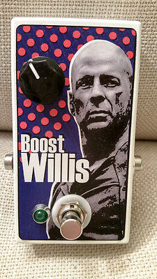 BOOST WILLIS Clean Guitar Boost Pedal in mint condition.