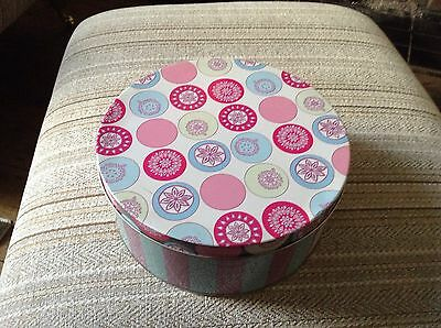 joules large cake /storage tin
