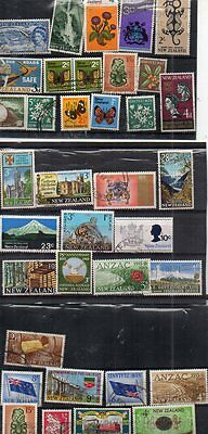 A Good Collection Of New Zealand Stamps,used,predec And Dec,nice Lot Dont Miss.