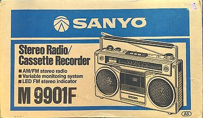Vintage Portable Sanyo Am/fm Radio Cassette Player #m9901F - Rare New In Box