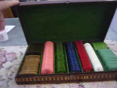 Full Set With 530 Vintage Galalith Poker Chips