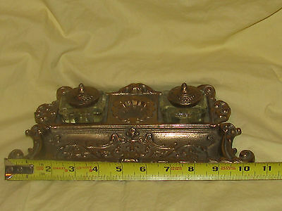 Victorian Style Solid Brass Virginia Metalcrafters Inkwell Pen Holder Desk Set