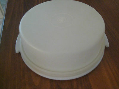 Tupperware Retro Pie Serve And Save Container From 1970's With Lid -Good Conditi