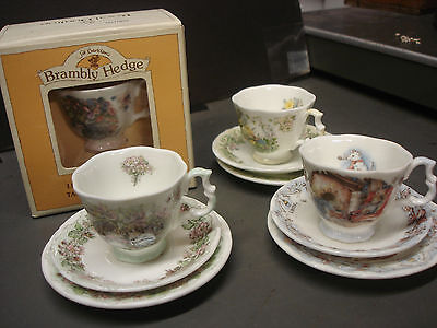4 Royal Doulton Branbly Hedge tea cups with saucers