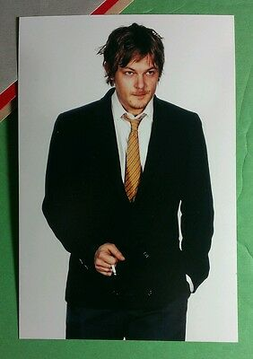 Walking Dead Daryl Norman Reedus Suit Yellow Tie Smoke Photograph Photo Picture