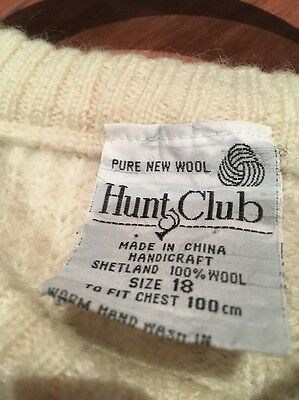 vintage Hunt Club cream cable knit jumper. Good condition. Pure New Wool