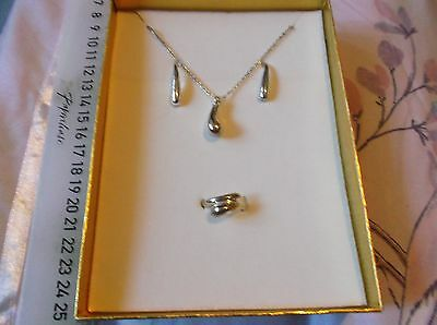 925 Silver Necklace, Earring & Ring Set