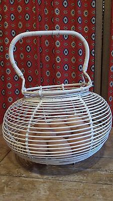 French Vintage White Coated Metal Wire Egg Basket Fixed handle C 1950's
