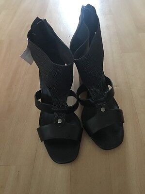 womens wedge sandals size 4