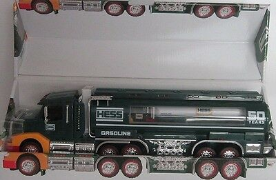 Rare 2014 Hess Brand New Collectors Edition Truck From A Mint Case!!