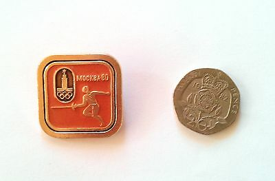 RARE MOSCOW OLYMPICS 1980 BADGE Fencing Collectible Sport Russia Soviet Union 80