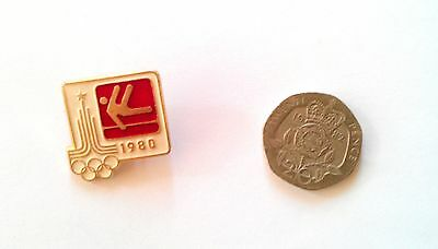RARE MOSCOW OLYMPICS 1980 BADGE Athletics Pin Sport Russia Soviet Union Game Pin
