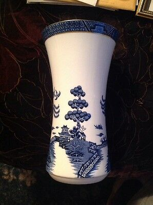 Royal Doulton/Booths Fine China Real Old Willow 23cms Tall Vase TC 1126  c 1981