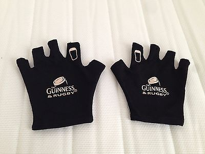 GUINNESS Collectables Breweria Attributes Fingerless Pair of Gloves