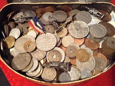 Metal Tin Full Off Old Penny's And Odds