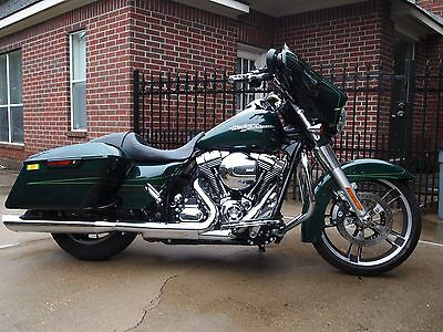 2015 Harley-Davidson Touring  2015 Harley Street Glide Special