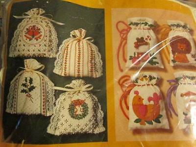 "Creative Circle Special Sacks Candlewicking Kit #2702-4 Designs of 4x6"" Each-Hol"