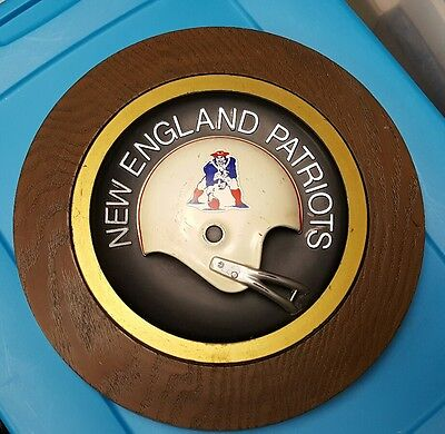 Vintage 1970S New England Patriots 14 Inch Round Wall Plaque.