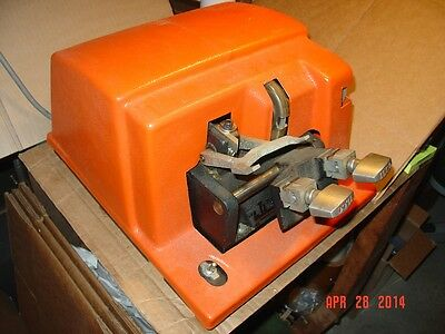 Ilco Commercial Duty Key Cutting Machine - Model Unknown