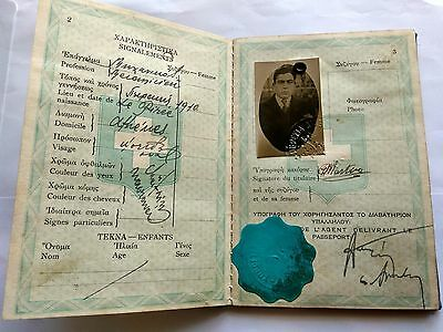 GREECE complete expired TRAVEL DOCUMENT rare stams revenues 1933
