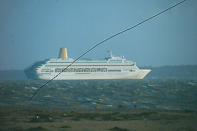 Original Ship/shipping Colour Slide Of P&o Cruise Liner Oriana In The Solent.