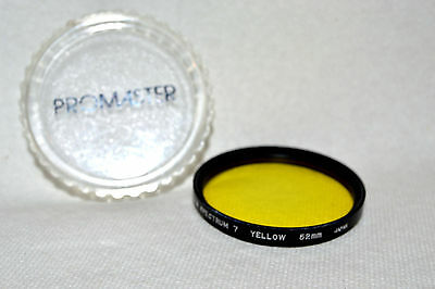 Promaster Spectrum 7  52 mm Yellow Screw-In Filter w Case Made in Japan (N-118)