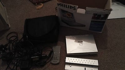 Philips Pet700 Portable Dvd Player 7 Inches Case Spare Battery Cables Remote