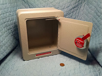 Schylling Toy Steel Safe with Alarm and Combination Damaged Box X19