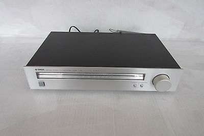 Vintage YAMAHA Natural Sound AM/FM Stereo Tuner T-460, working