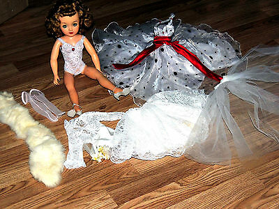 Beautiful Ideal Vt 18 Miss Revlon Doll & Lot Of Clothing Accessories