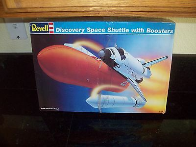Revell Discovery Space Shuttle With Boosters Space Ship Model Kit