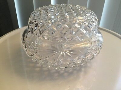 Sparkling 16cms Vintage Cut Crystal Round Trinket Pot with Lid. Vintage Luxe