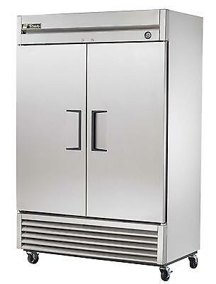 True 49 Cu.ft Two-Section Stainless Reach-In Refrigerator - T-49-Hc