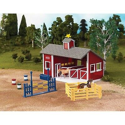 Breyer Stablemates Red Stable Play Set (NEW - FREE SHIPPING)