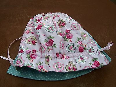 Used Pink Floral Tea Cosy