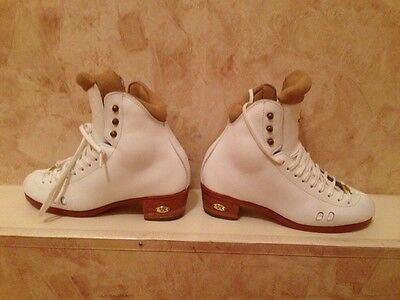Floor Sale Riedell Figure Skates Boots Ladies Girls F2010 4 1/2 B/A White