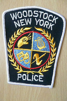 Patches: WOODSTOCK NEW YORK STATE POLICE PATCH (NEW,apx.4.14x3.14 inch)