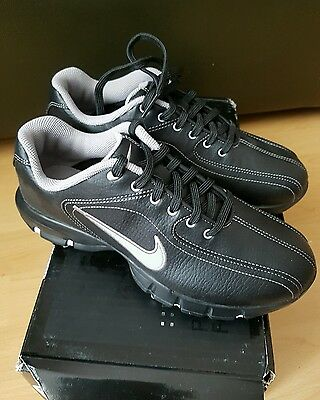 Nike Revive Jr golf shoes trainers size uk 3.5 New