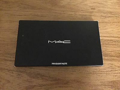 MAC Pro Colour Palette With Eyeshadow x15 Inserts