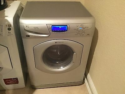 Hotpoint Ultima WD865 Wash-Dryer Washing Machine in great condition