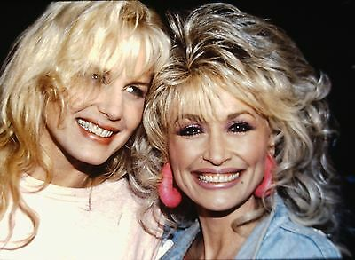 DARYL HANNAH & DOLLY PARTON - Original 35mm COLOR PORTRAIT Slide