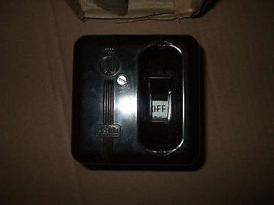 vintage bakelite 15amp switched fuse main electric box