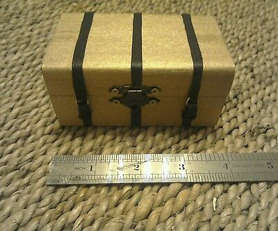 dolls house 12th scale working chest/ trunk