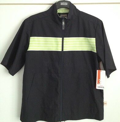 Ashworth golf wind shirt. Zip front. Black with green/white feature.  Size M