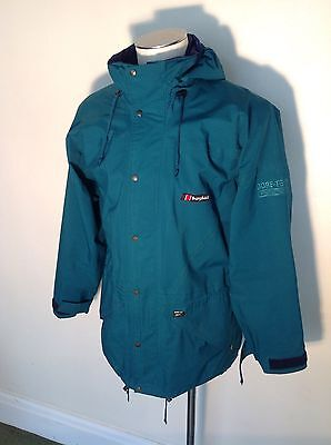 Vintage Berghaus Cornice I.A. Size Medium. Made In Great Britain